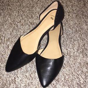 GAP Shoes - Gap Black slip on shoes size 9